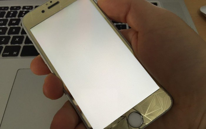 Apple iOS7 & the White Screen of Death Software Update Fix